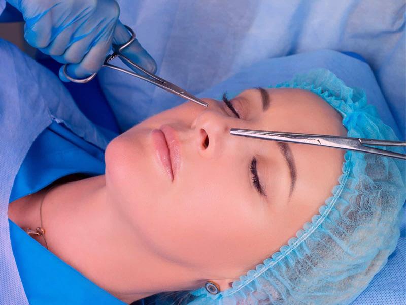 زیبایی بینی شما زیر تیغ بهترین جراح بینی تهران